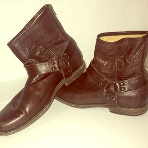 👀Frye boots harness back zip brown leather 9.5‼️
